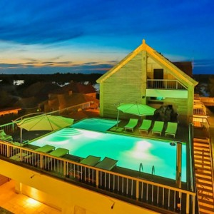 Delta Boutique & Carmen Silva Resort din Crisan