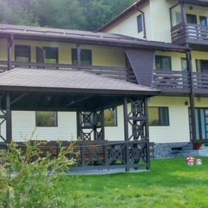 Pensiunea Casa de Vacanta Rustic din Satic