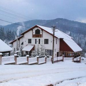Cabana Maximia din Cavnic
