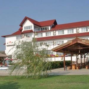 Complex Cormoran din Uzlina