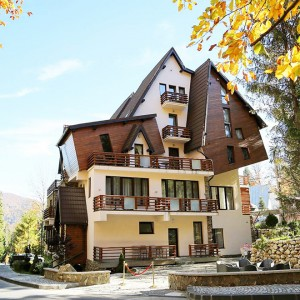 Villa Oblique Forest & Spa din Sinaia